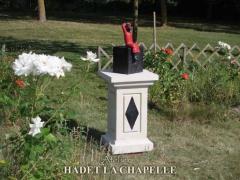 Sculpture pierre Jardins